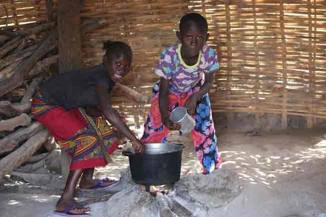 enfants-dans-une-cuisine